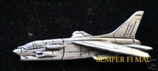 VOUGHT F-8 CRUSADER JET PEWTER HAT PIN MADE IN US NAVY MARINES USS WING MCAS WOW