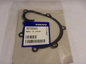 Volvo 30720302 Coolant pump thermostat 8-Cylinder; Coolant pump gasket
