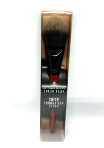 Smashbox Flawless Natural Finish Camera Ready Sheer Foundation Brush