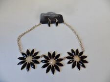 Statement Necklace 19: Black + gold plated chain & Matching Earrings