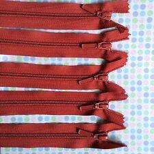5 x 18 cm MAROON nylon ZIPS (#234)
