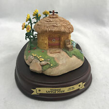 WDCC Disney Classic Three Little Pig Fifer Pigs Straw House Enchanted Places