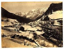 Fotografie,s.-w.,sign.J.Niedermeier,Dorf in den Alpen,Ende 19.Jhdt