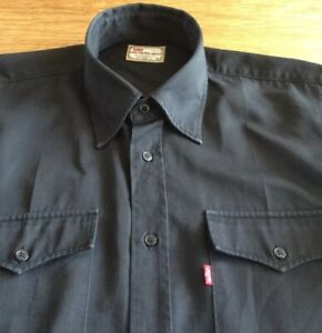 MENS GREAT BATWING SHIRT BY LEVI STA-PREST       17.5.  COLLAR. XL