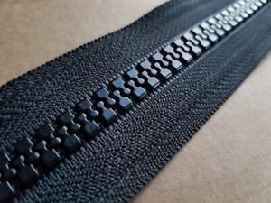YKK No. 10 Closed End Vislon Plastic Zipper, 22cm