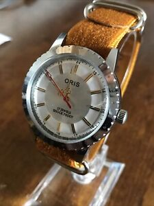 Super Vintage Swiss 17 jewel ORIS Mens Watch ft. Tan Strap