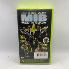 Men in Black Holographic Edition With Bonus Will Smith Music Video VHS 1997