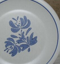 Assorted Pfaltzgraff Yorktowne Pattern Dinnerware & Serving Pieces