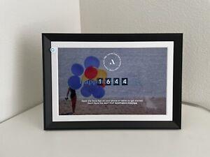 Aura Carver Mat Limited Edition digital frame