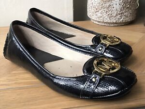 Michael Kors navy blue patent loafers shoes size US 8.5 UK 6.5