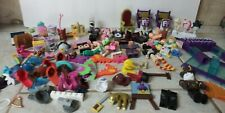 Roblox Lot Fashion Famous playset plus other pieces wigs hats toys collectible