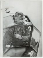 Mit durchschossener Kanzel heimgekehrt. Orig-Pressephoto von 1939