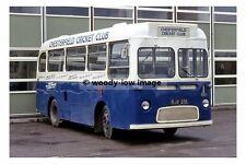 pt6881 - Chesterfield Cricket Club Bus , Derbyshire - photo 6x4