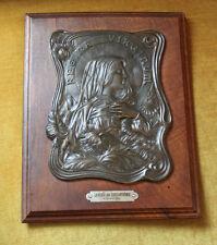 """Plaque cuivre patiné signée R. Elias Art nouveau """"La vierge aux chrysanthèmes"""""""