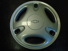 """*NEW* 1999-2000 Chevy/Geo Metro 13""""  Hubcap OEM Hollander # 3227"""