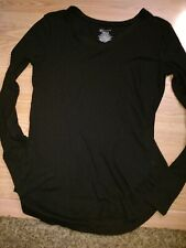 New Women's Black long sleeve vneck top size XL