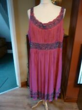 TWIGGY THE COLLECTION UK 20 PINK SILK BEAD TRIMMED POLYESTER  DRESS