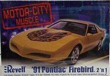 Revell 1/24 1991 Pontiac Firebird 2n1 New 2068