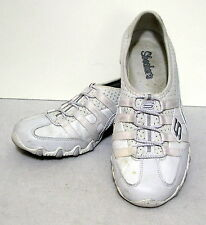 SKECHERS women white leather SLIP ON SHOE size 8 ladies  L409