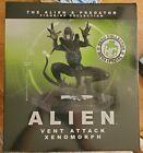 Eaglemoss Alien Predator Figure Collection 10-inch Mega Xenomorph (Vent Attack)