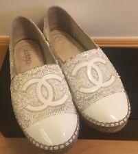 Chanel CC Logotipo Blanco Patente Lentejuelas Alpargatas 37 duro para encontrar pueden ofrecer