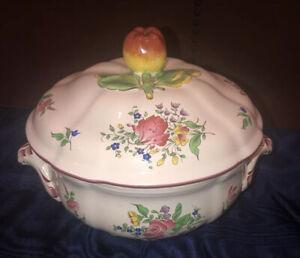 Vtg K & G Luneville Old Strasbourg Rose Faience Covered Casserole Apple Finial