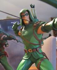 Green Arrow STATUE Jim Lee Justice League Grell figure bust DC Universe Online 1