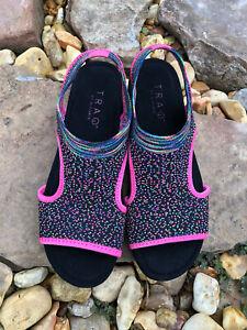 TRAQ Alegria Qeen Funplex PinkSlip On Sandals Womens Size 39