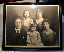 ANTIQUE EARLY 20th CENTURY FRAMED ST. JOSEPH MISSOURI FAMILY PHOTOGRAPH