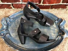 NWOB ROSE PETALS BY WALKING CRADLES BLACK STRAP ANKLE WOMENS SHOES SIZE 8 W W