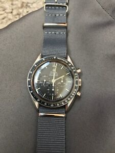 OMEGA SPEEDMASTER PROFESSIONAL - MOONWATCH - VINTAGE FROM 1969 / 145.022 - 69 ST