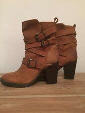 STEVE MADDEN Designer Yale Tan Leather Belted Buckle Boots Size 36