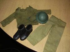 """VINTAGE 60`s Bundle """"ACTION MAN"""" Maglione dell'esercito, casco con cinturino, stivali e Pantaloni"""