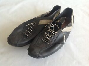 PONY - BLACK CYCLING SHOES SIZE 7 UK CLEATS TOE CLIP - USED CONDITION