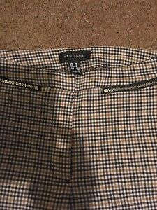 LADIES NEW LOOK TROUSERS SIZE 10  BROWN BLACK CHECKED