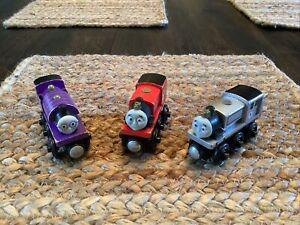 Thomas & Friends Wooden Railway MY CUSTOM ENGINE SERIES STEAMIE BASE 3 Trains
