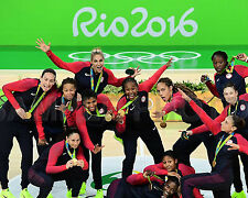 2016 USA Women's Olympic Basketball Gold Medal RIO Brazil 8x10 Team Photo #2