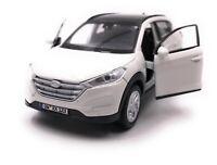 Hyundai Tucson Tous-Terrains Blanc Modèle Avec Wunschkennzeichen Maßstab 1:3 4
