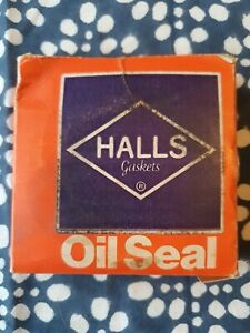 Front hub oil seal Hillman Super Minx and Humber Sceptre (Payen NA511 C938)