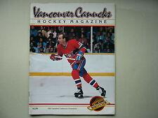 1982/83 VANCOUVER CANUCKS VS MONTREAL CANADIENS HOCKEY PROGRAM GUY LAFLEUR