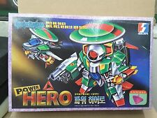 "Cute Macross model kit #4 (Made in Korea) ""Power Hero"""