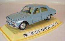 Pilen 1/43 Peugeot 504 hellblau in Plexi-Box #5133