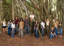 LOST - TV SHOW CAST PHOTO #490