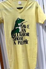1980 SAVE AN ALLIGATOR SHOOT A PREPPIE Night Shirt Yellow Sz Small