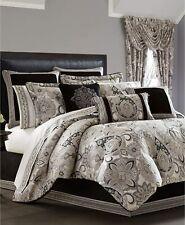 "J.Queen New York Guiliana 18"" Square DecorativeThrow Pillow in Black/Silver"
