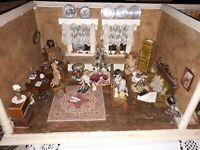Wunderschöne antike 2 Raumpuppenstube  beautiful antique Dollhouse 2 rooms