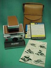 Vintage 1970's Polaroid SX-70 Land Camera with Leather Case & Instruction Card