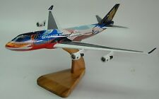 B-747 Singapore Airlines Tropical B747 Airplane Desk Wood Model Big New