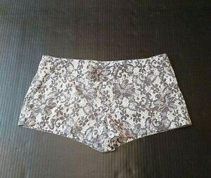Volcom Juniors Jr's Shorts Size 7/28 Floral Flowers Bohemian Grey Gray Boho