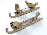 1970 Rare Primitive Vintage Soviet USSR Rusty Metal Ice Skates Blades Straps